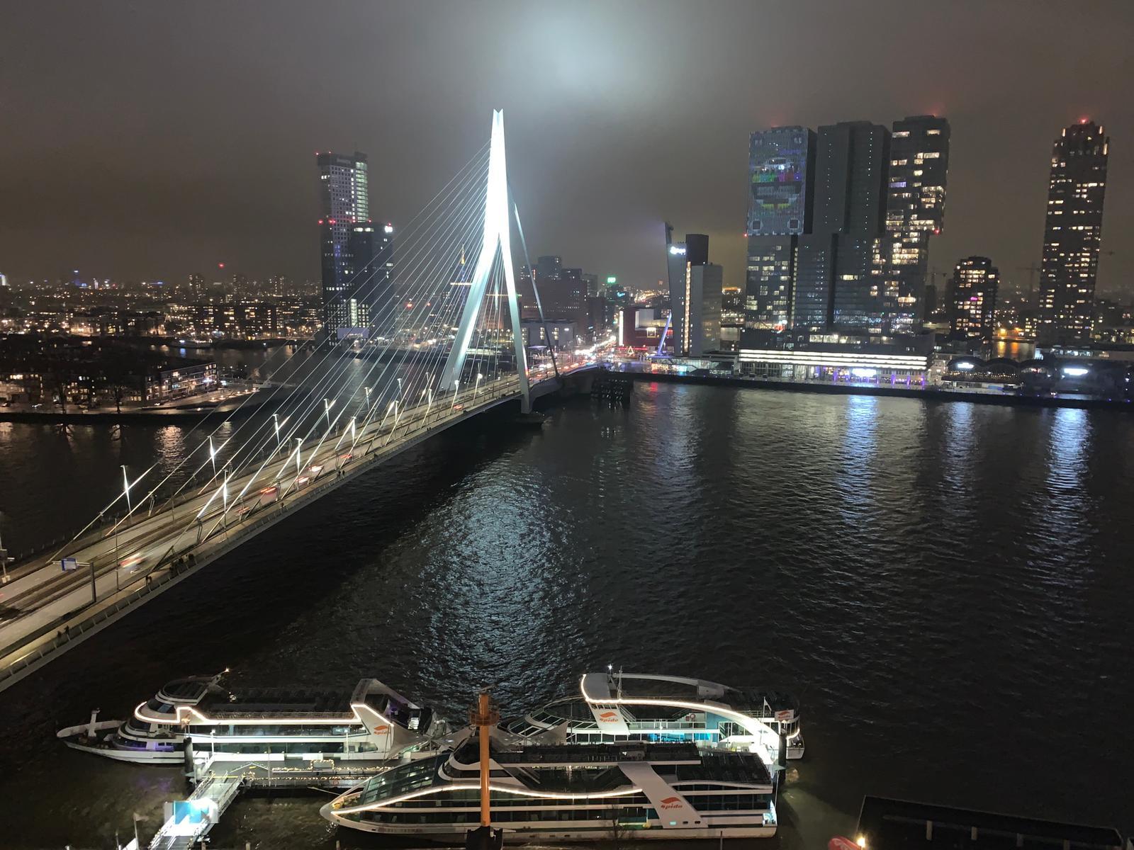 Heeft u Computer problemen? Start uw systeem niet op of wilt u graag uitleg hebben in Rotterdam Twijfel niet en bel me op (06-12569316). Ik help u graag verder.